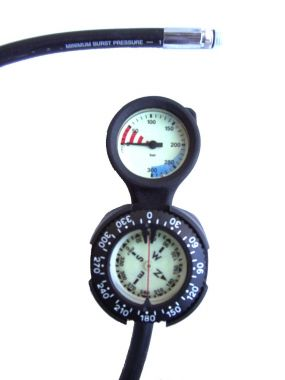 21 - G01SE - Performance Diver - Pressure Gauge - Ultra Low Profile and Compass
